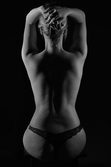 Blond Weiblicher Rückenakt 2